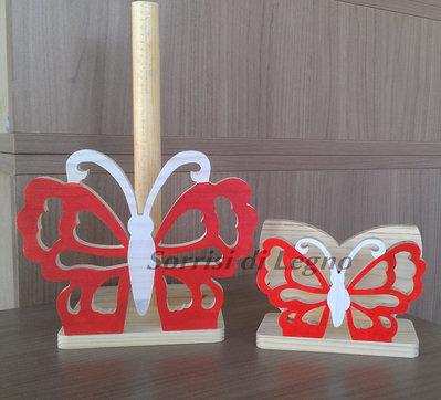 Abbinato portatovaglioli e portarotolo farfalla traforata tonalità rosso