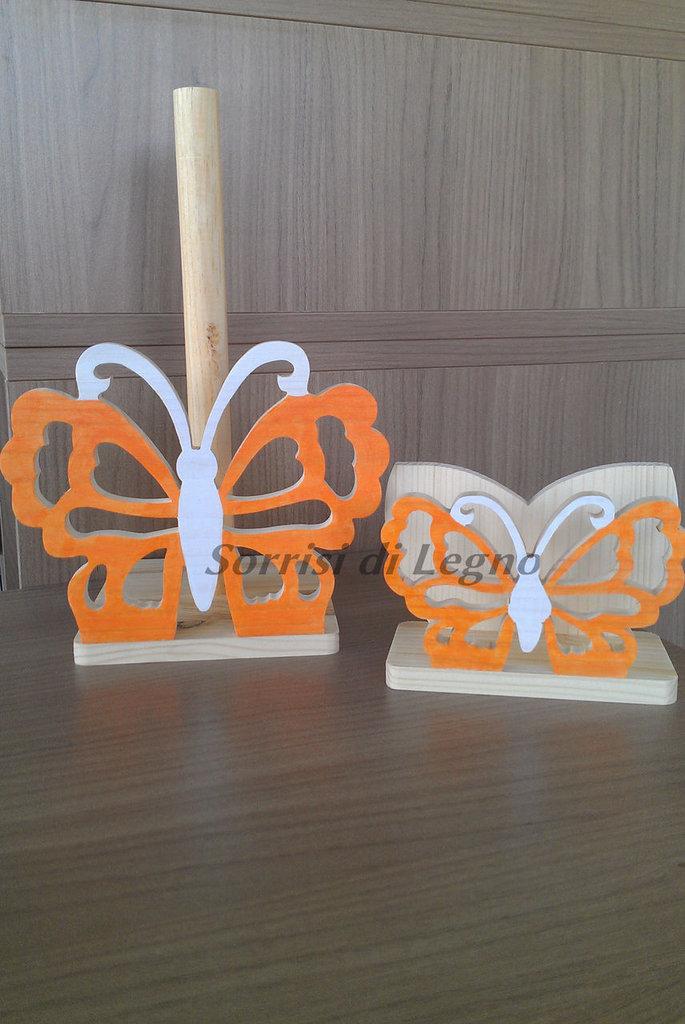 Abbinato portatovaglioli e portarotolo farfalla traforata tonalità arancione