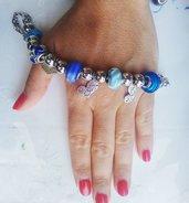bracciale moda ciondoli assortiti tonalità Blu
