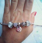 bracciale moda ciondoli assortiti tonalità argento glitter