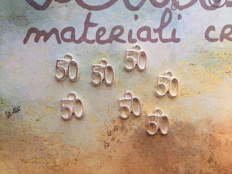 Charm numero 50
