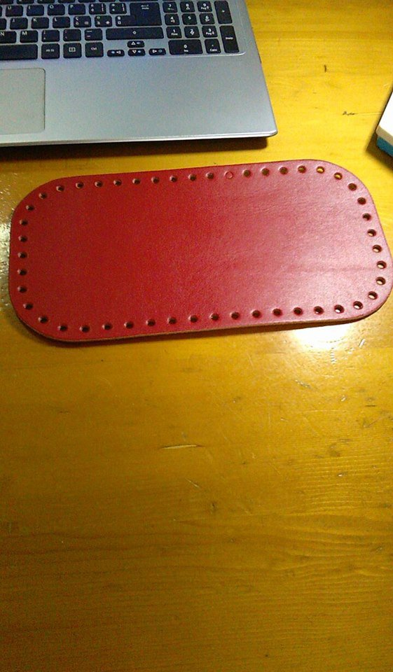 fondo rettangolare rosso  26x12