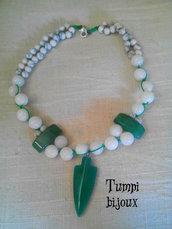 Collana fatta a mano in vere pietre naturali, macramè, agata bianca, agata verde, howlite