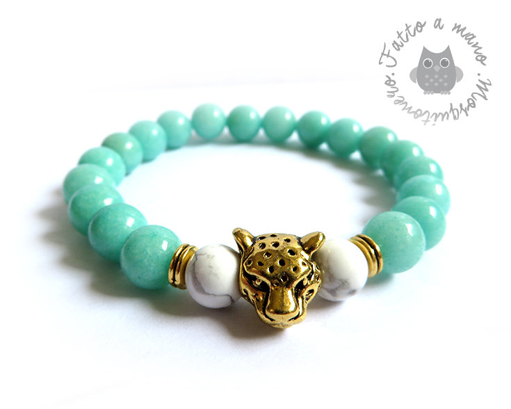 Bracciale testa di Ghepardo oro con perle da 8mm in Agata verde acqua e bianche