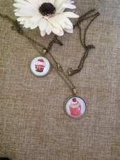 collana in stile vintage con ciondolo cabochon cupcake