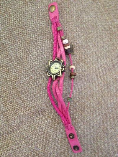 orologio in stile vintage con 3 cinturini in pelle decorato con perline e ciondolo a farfalla color bronzo