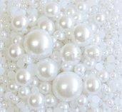5 grammi di mezze perle bianche da 2 a 10 mm