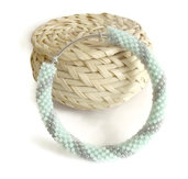 Bracciale argento/Bracciale verde acqua e argento/ Braccialo rigido Bangle/Bracciale alluminio/Tubolari all'uncinetto