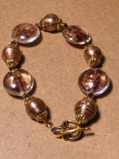 Bracciale con perle in avventurina ed in vetro