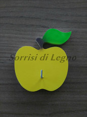 Appendino da cucina per presine singolo con mela gialla
