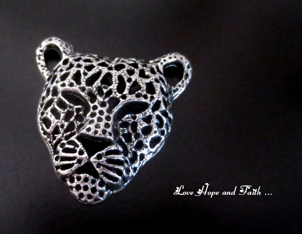 "Charm ""Leopardo"" color argento (45x43mm) (cod. New)"