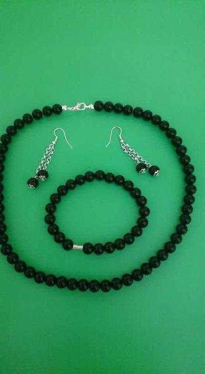 Completo donna: bracciale, collana e orecchini