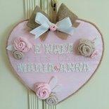 Fiocco nascita cuore fatto a mano con rose in stoffa