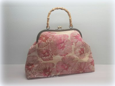Borsa a mano in tessuto batik