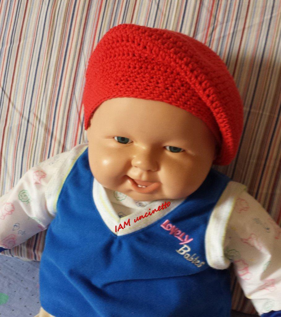 Berretto cappello bimbo in cotone rosso all'uncinetto