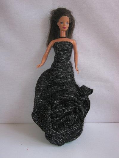Abito nero lurex per Barbie o dolls della stessa misura