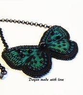 Pendente Farfalla ricamata