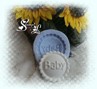 Stampo *Bottone con scritta baby*