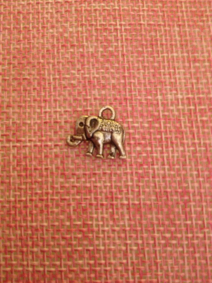 ciondolo/charm a forma elefantino