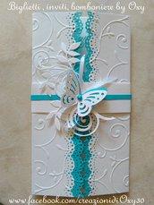 Partecipazione per Matrimonio in bianco e azzurro, con la farfalla.