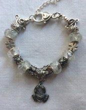 Stupendo bracciale fashion con charms in argento tibetano e vetro di Murano