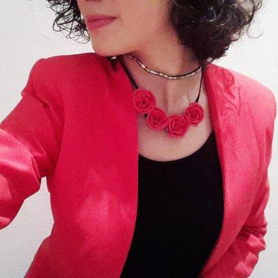 Collana con  roselline