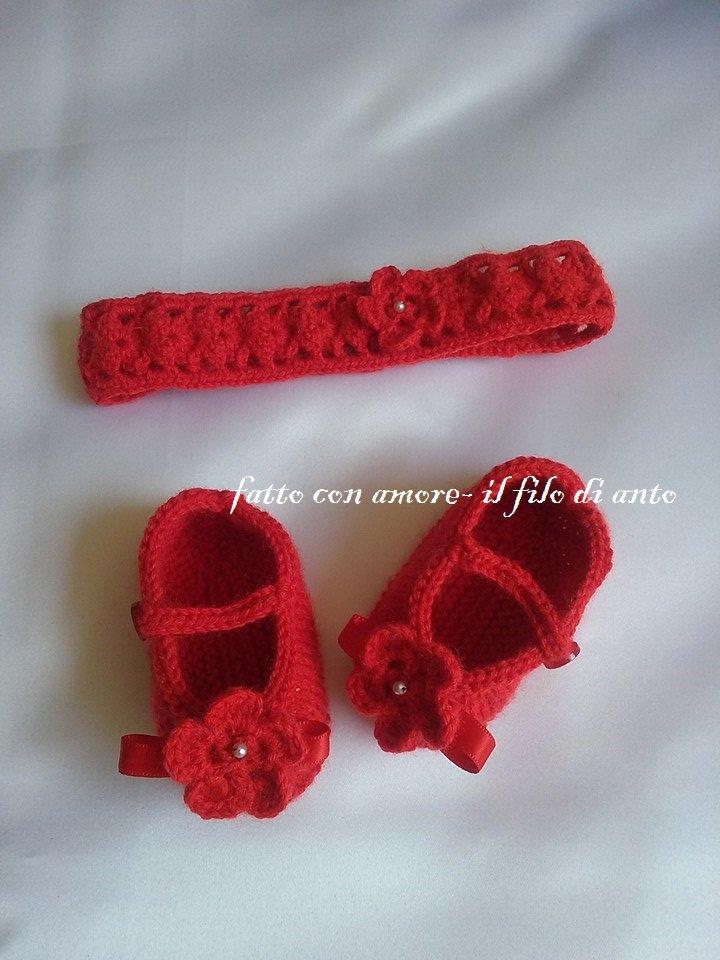 Fascia e scarpine rosse