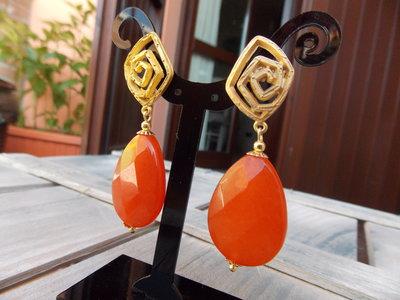 Orecchini oro e arancio
