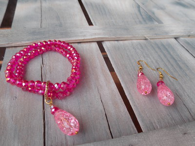 Bracciale e orecchini sfumature di rosa
