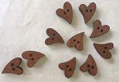 nr. 10 bottoni in legno a forma di cuore