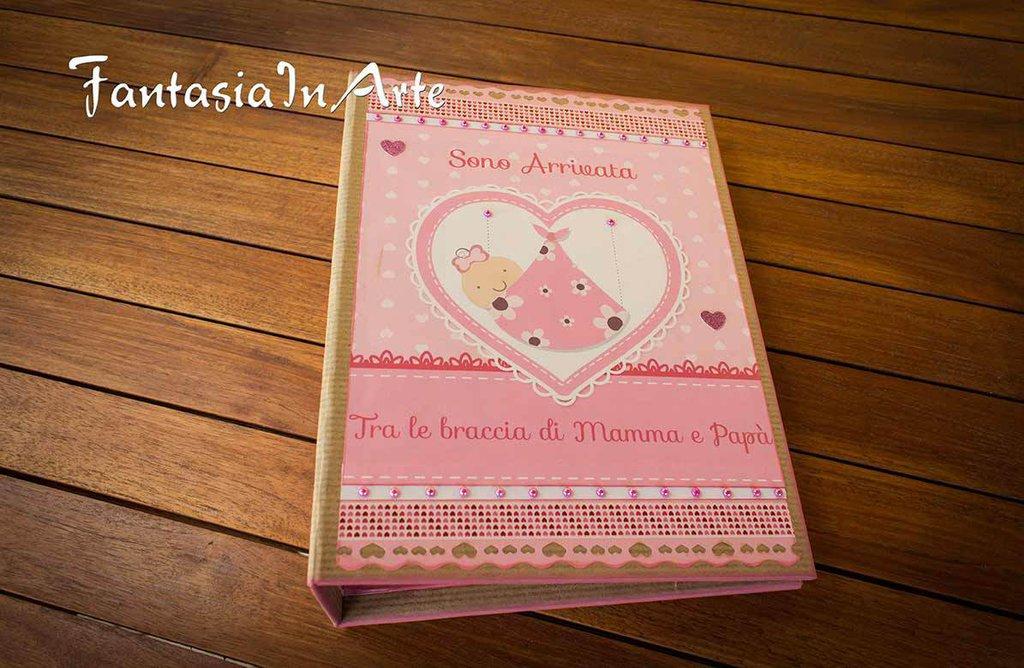Album Fotografico Artigianale Nascita Bimba in stile Scrapbooking
