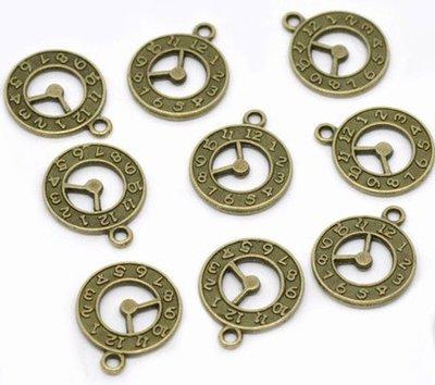 Lotto 50 charms orologio tono bronzo