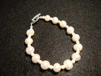 Bracciale in perle di fiume