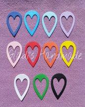 Set 50 foglioline con cuore (1,6cm×2,7cm)