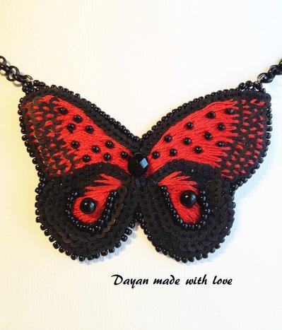Collana pendente Farfalla