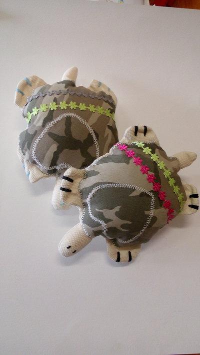 Tartaruga di stoffa imbottita