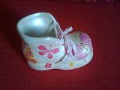Scarponcino decorato per nascita.