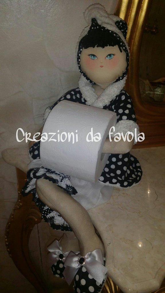 Bambola portarotolo tiana