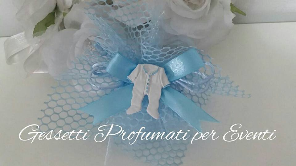Bomboniera nascita/battesimo gessetto tutina