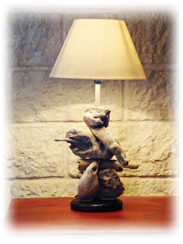 anja lampada con legni di mare per la casa e per te
