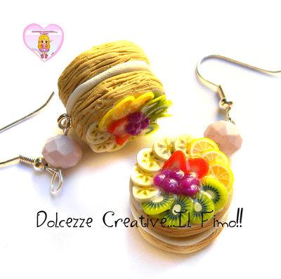Orecchini millefoglie - Dolce - pasticceria - Miniature - Con fragole, banana, arancia, kiwi e mirtilli
