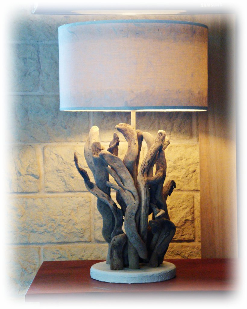 Tangle lampada con legni di mare per la casa e per te for Legni di mare arredamento