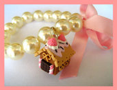 Gingerbread House Bracelet