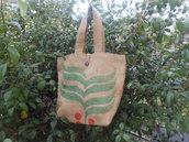 Borsa in tela juta riciclata da sacchi di caffè.