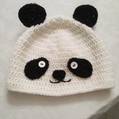 Cappello Panda all'uncinetto per bambini