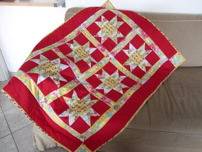 Trapunta baby patchwork rossa