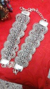 Bracciale in passamaneria e piccoli cristalli - Trimmings bracelet with small crystals