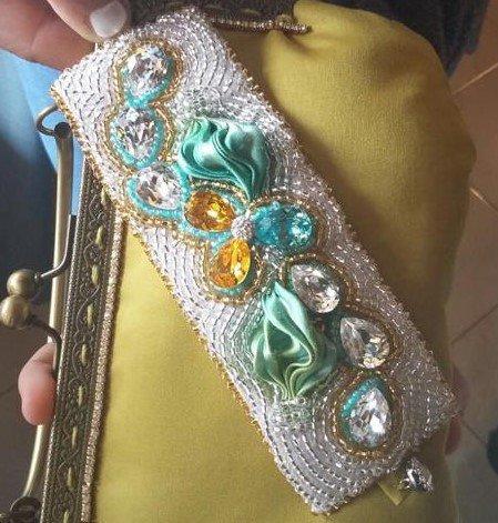 Bracciale morbido in seta e perline interamente realizzato a mano -  Soft beaded bracelet in silk entirely handmade