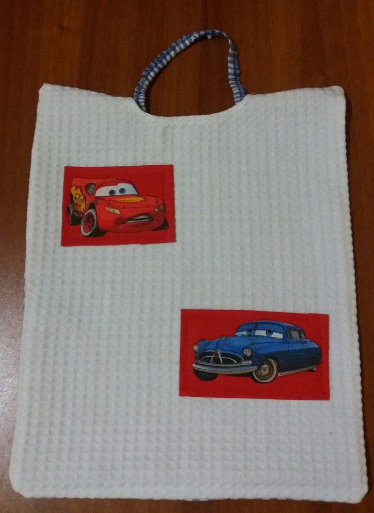 Bavaglio asilo cars