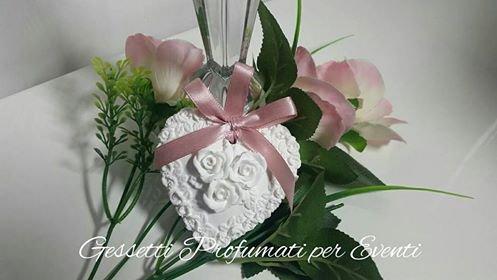 Gessetto profumato cuore con rose 3D